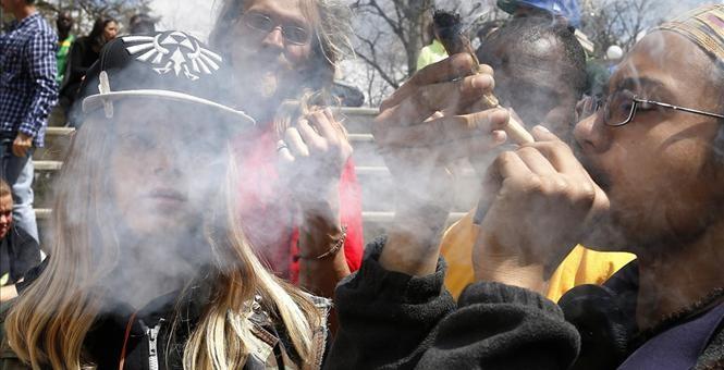 kidssmoking pot